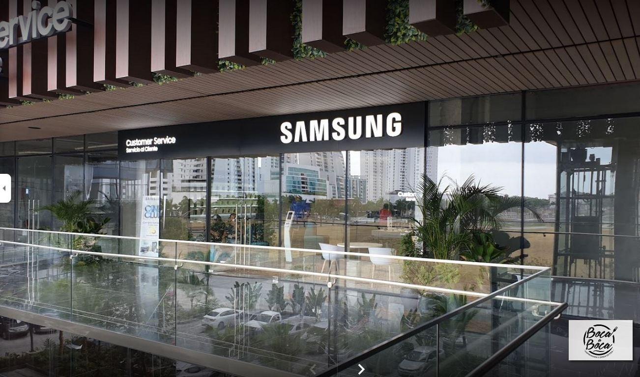 Conozca los servicios del soporte al usuario disponible  en las tiendas Samsung